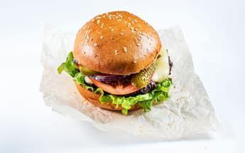 Бургер острый с говяжьей котлетой 330 гр.